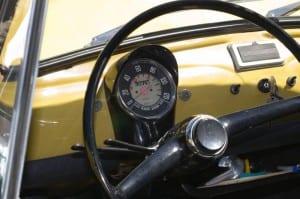 Fiat_500_interno