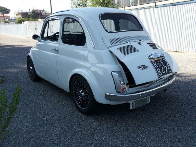 La Fiat 500 di briciola