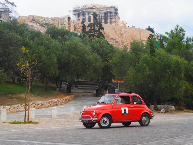 Enzo Dalla Rosa e il suo Tour del Peloponneso a bordo della sua Fiat 500 d'epoca
