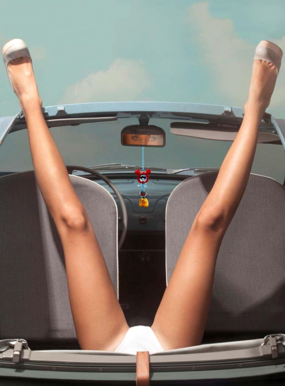 Due Bellezze Elena Riz E Fiat 500 Su Playboy Fiat 500 Nel Mondo