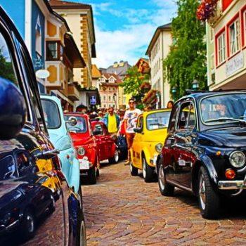 Tutti fuori! Arrivano i raduni delle Fiat 500 per l'estate 2018